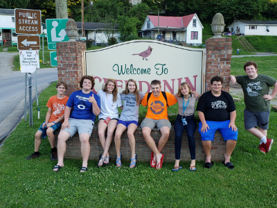 High school youth group group photo on Mission Trip